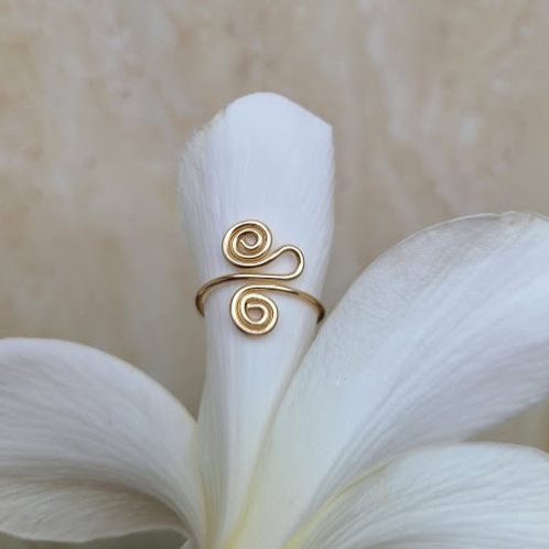 spira swirl toe ring