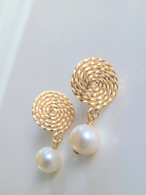 Spiral Pearl drops