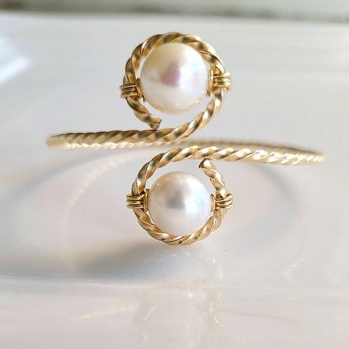 Pearl on Pearl Bangle
