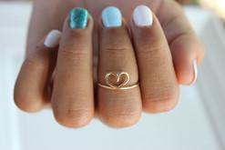 Mid Heart Ring
