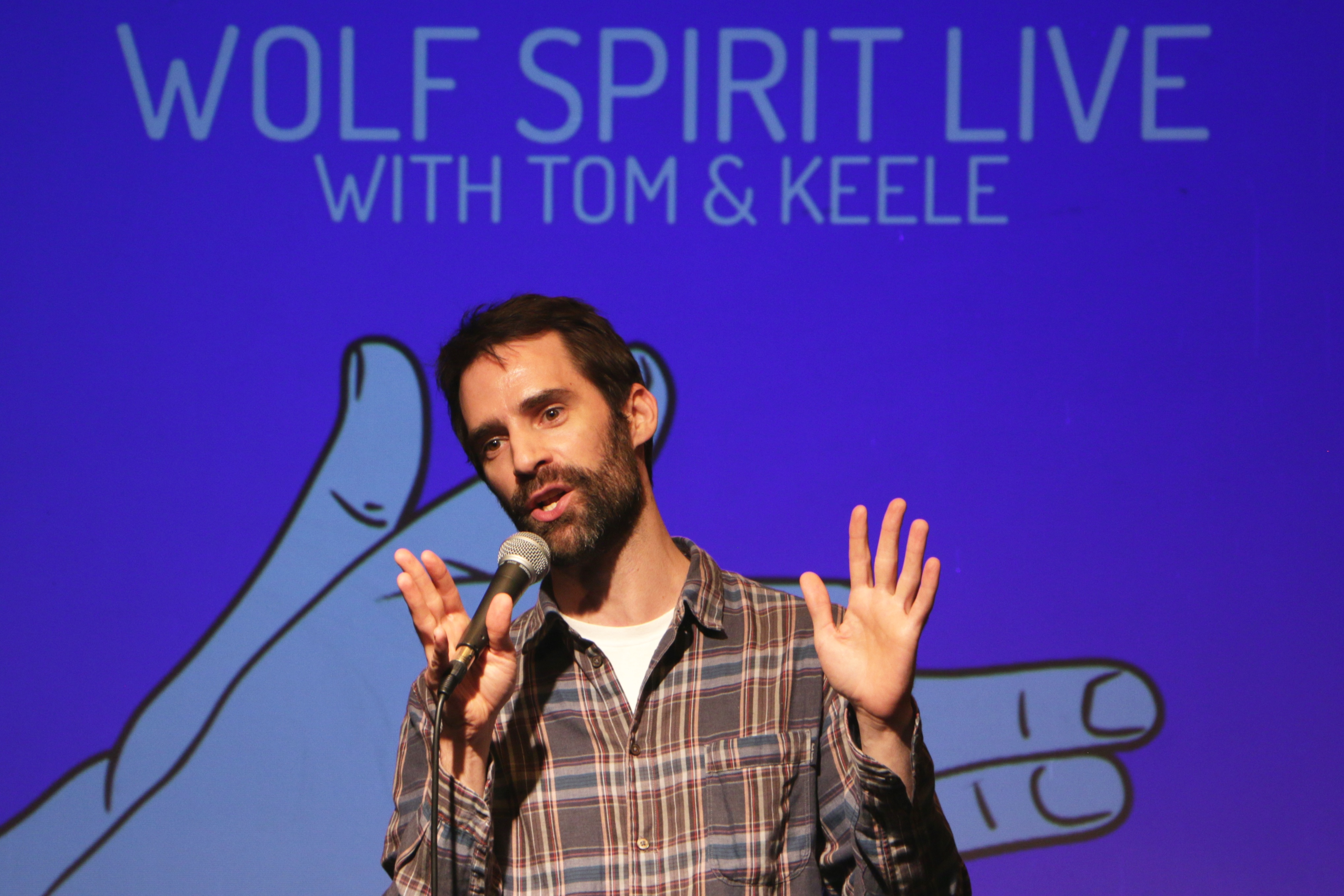 Wolf Spirit Live - Phil Hanley
