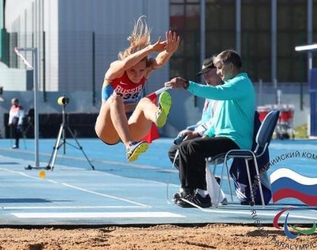 Анна Сапожникова завоевала 1 место на этапе Мирового Гран - При по лёгкой атлетике