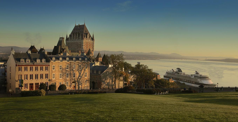 0147_Panorama_du_Vieux-Québec_View_of_Ol