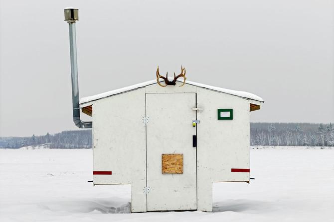 ICE FISHING HOUSES