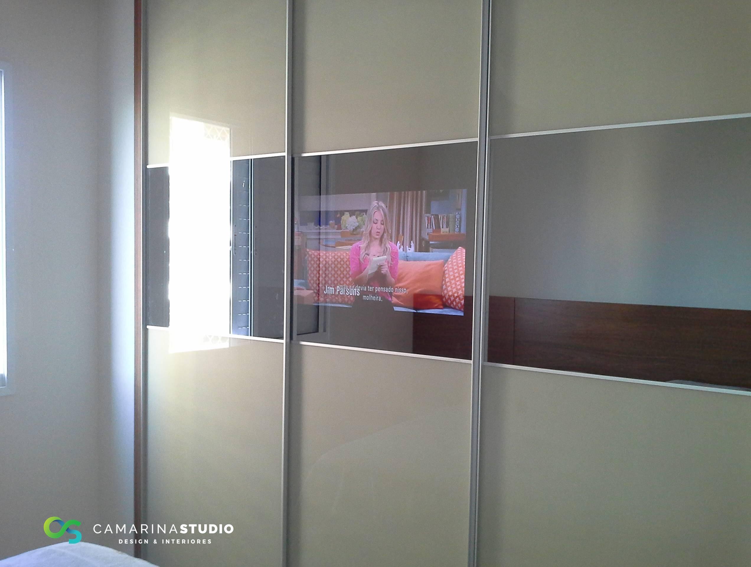 Detalhe TV (42/45)