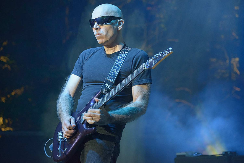 Joe Satriani in Concert