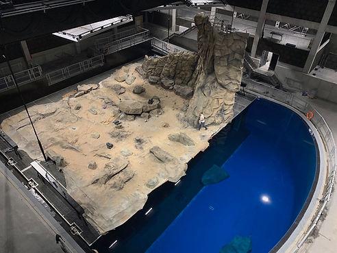 water stage breaking suerface topshot.jp