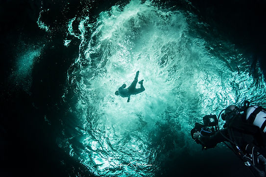 marco borsato underwater.jpg