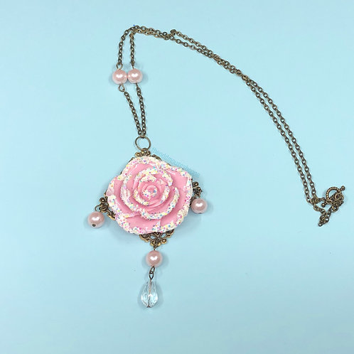 Snow Rose Dusty Pink Necklace