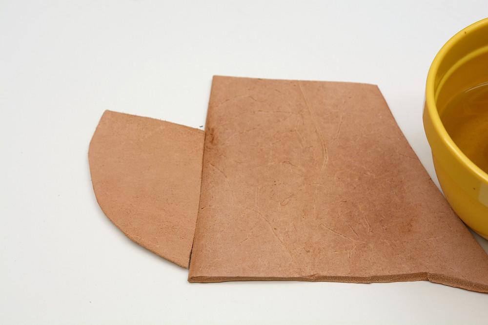 Leather flesh side