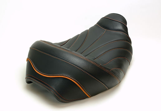 Harley-davidson-leather-seat.JPG