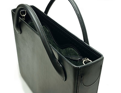 Black-leather-tote-bag.JPG