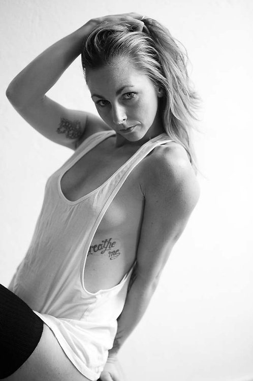 BLACK AND WHITE 2