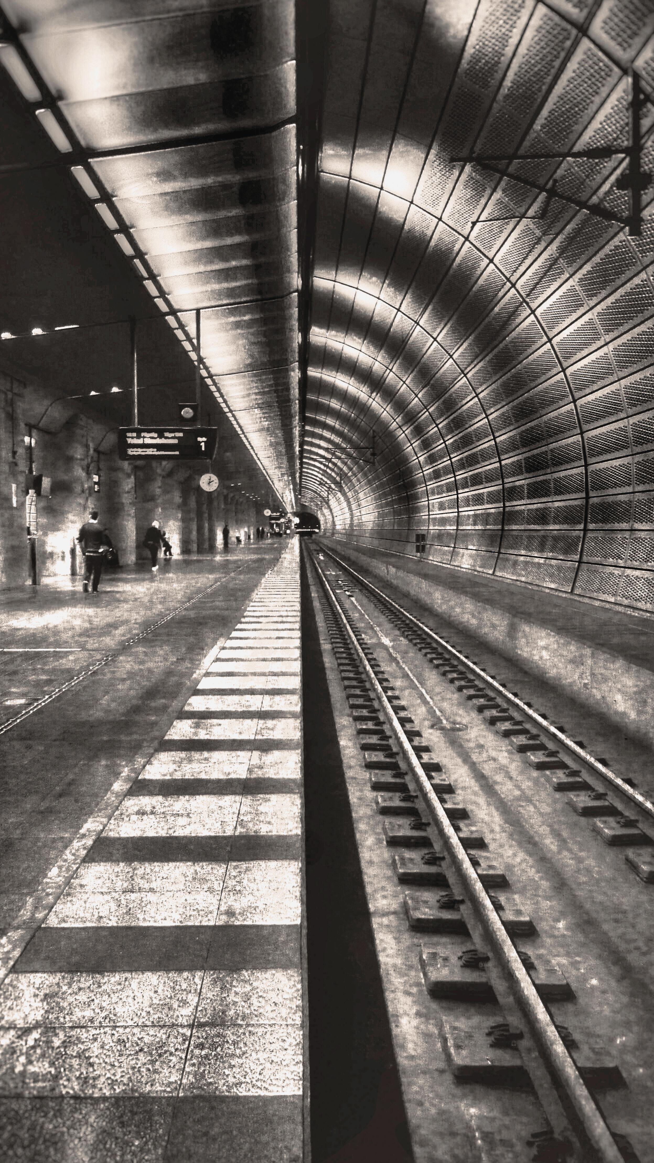 5 - Subway station - Malmö, Suède