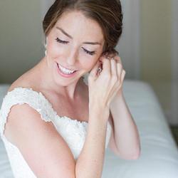 bride wedding makeup earings