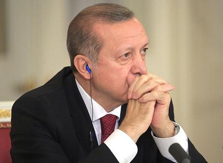 Амбиции Эрдогана опускают Турцию вниз