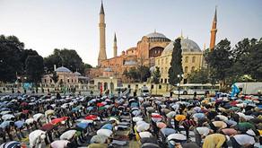 Православный мир помнит - последняя литургия в Константинополе не завершена