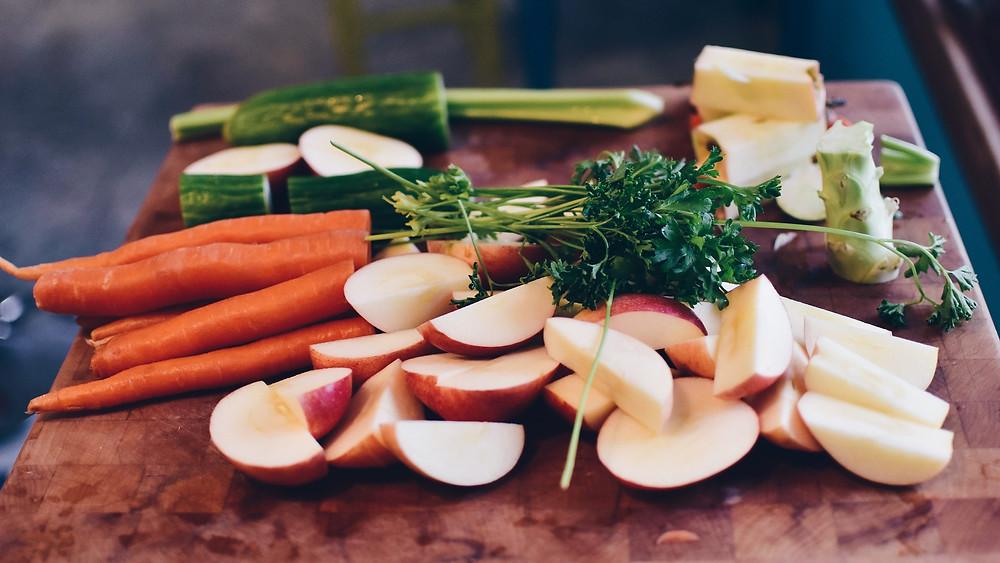 pomme, carotte, persil, céleri, concombre, crudité, sain, santé, salade, fruits, légumes, misuko, jus, pressé à froid, coldpressed, détox