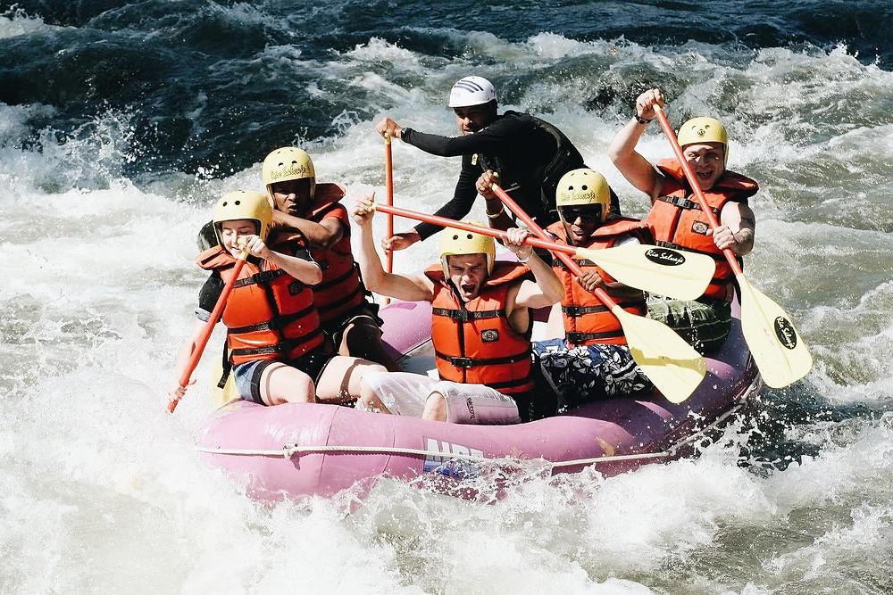 canoe, bateau, rivière, eau, rapide, sport, extrême, santé, alimentation, bien-être, détox, vacances, famille, amis
