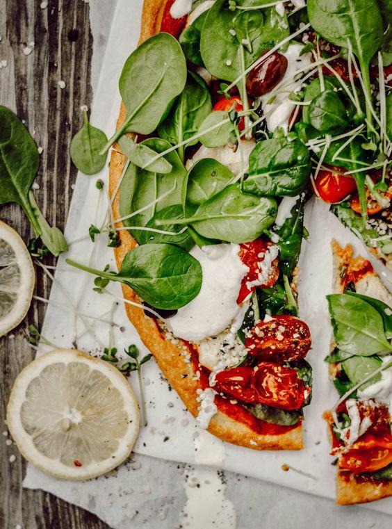 pizza, salade, roquette, italie, sain, santé, huile, olive, vegan, veggie, vegetarien, santé