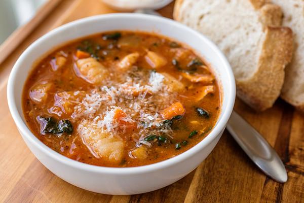 soupe, soup, poulet, soupe italienne, chicken, italian soup, comfort food, warm food, fall, automne, nutrition, plaisir, bien-être,