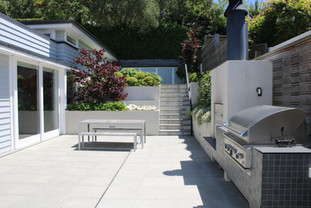 Outdoor living & entertaining area