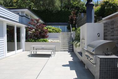 Outdoor living & entertaining area
