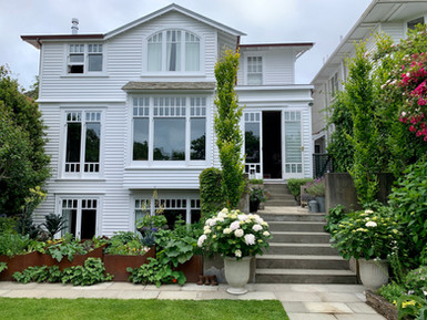 Kelburn house & garden
