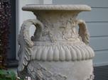 Dragonstone urn detailing