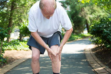 man with pain in his knee, needs a doctor