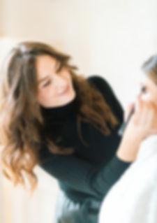 julien bonjour photographie événementiel  maquilleuse professionnelle coiffeuse mariage mariée haute savoie genève cheveux make-up service à domicile coiffure mariée wedding