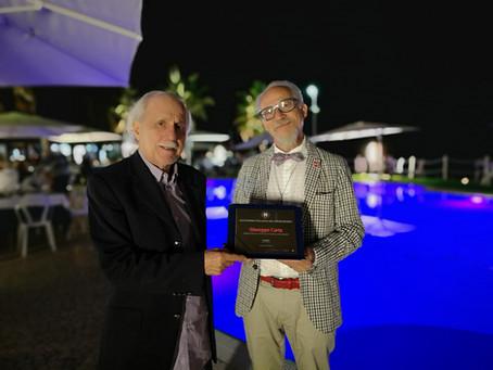 Giuseppe Carta è insignito del titolo Ambasciatore del Peperoncino nel mondo.
