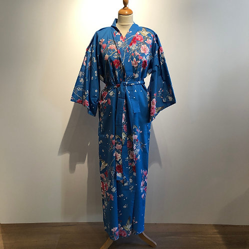 "Traditionele Japanse kimono met ""Magnolia"" dessin. blauw"