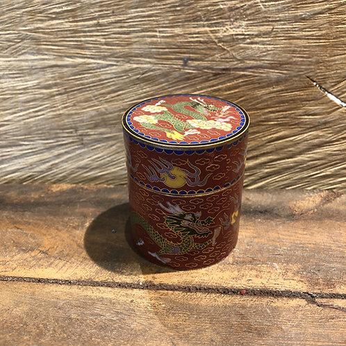 Cloisonné  doosje. 5.5x4.5 cm