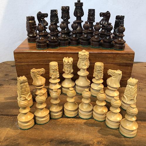 Edelhouten schaakstukken nr 16