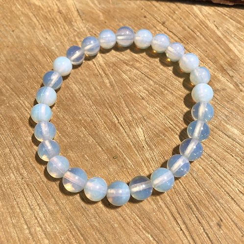 opaline opaal armband wit glimmend steen Eberhardt Asian spirit