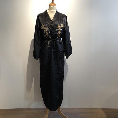 Kimono gevoerd  100% polyester made in China, met een Draak/Phoenix print.