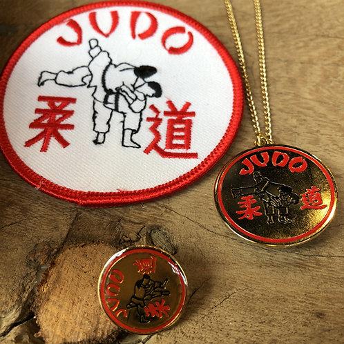 Set van drie Judo vechtsport artikelen.