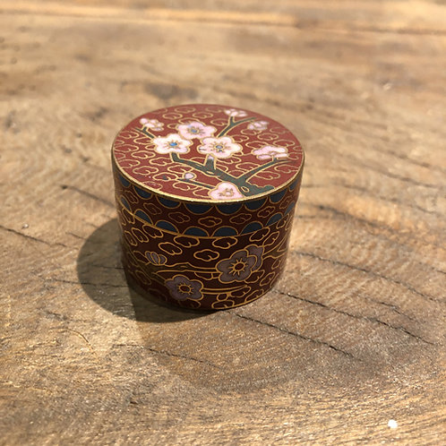 Cloisonné mini doosje. 3.5x2.5 cm