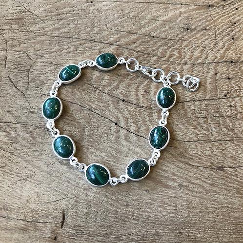 Mooie zilverenHangermet Malachiet armband groen steen