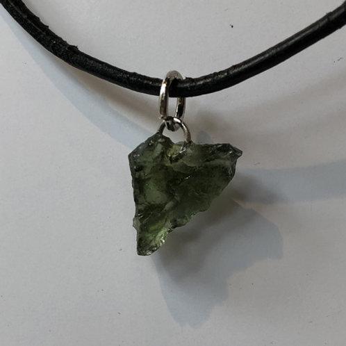 moldaviet steen groen hanger