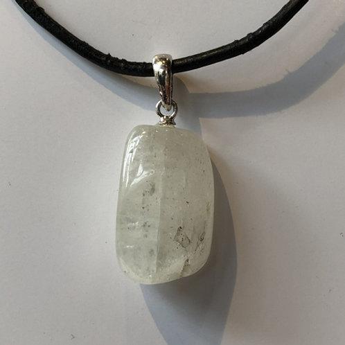 kunziet steen wit hanger