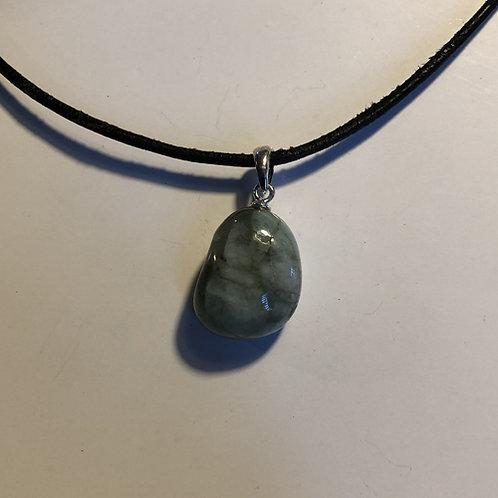 smaragd steen hanger asian spirit Eberhardt
