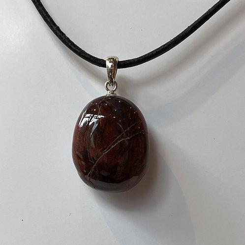 apatiet steen bruin