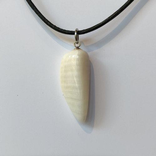 aragoniet wit steen hanger