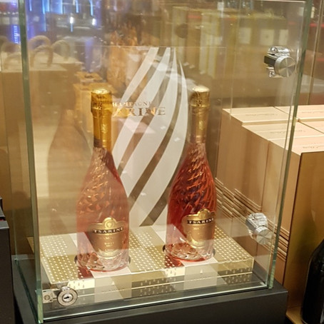Tsarine Rosé Takes Off at Roissy-Charles de Gaulle Airport