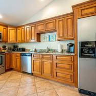 Beach Daze kitchen.jpg