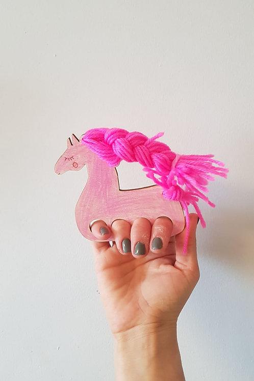 סוס למשחק אצבעות