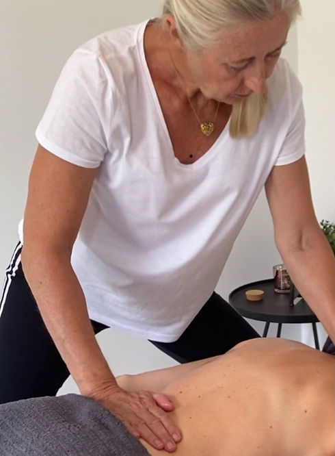 massage 3_edited_edited.jpg