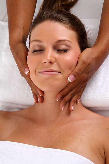 Woman getting a getting relaxing massage